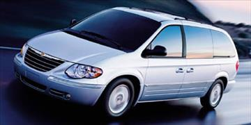 2005 Chrysler Town and Country for sale in Meriden, CT