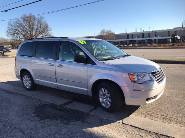 2009 chrysler town and country lx mini van 4dr in greensboro nc nc. Cars Review. Best American Auto & Cars Review