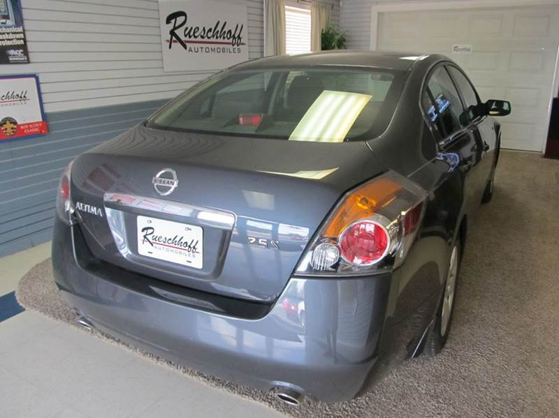 2008 Nissan Altima 2.5 4dr Sedan - Lawrence KS