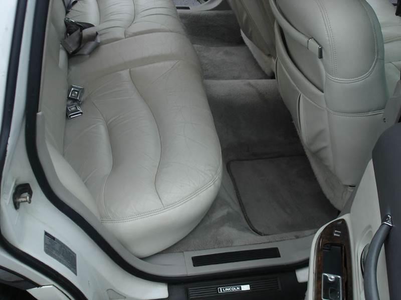 1996 Lincoln Town Car Signature 4dr Sedan - Mt Carmel TN