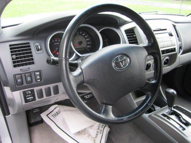 2005 Toyota Tacoma 4dr Access Cab PreRunner V6 Rwd SB - Glenville NY