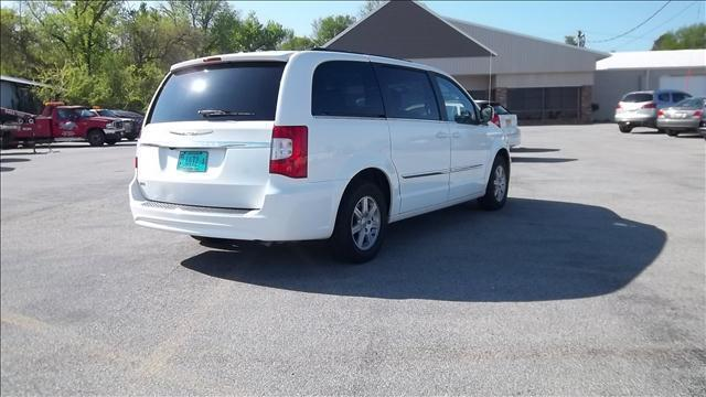 2012 Chrysler Town and Country Touring - Milan IL