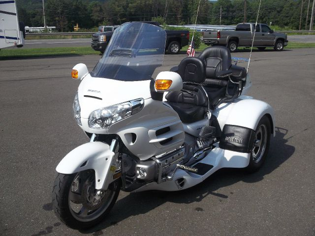 2006 Honda Goldwing for sale in Oneonta NY