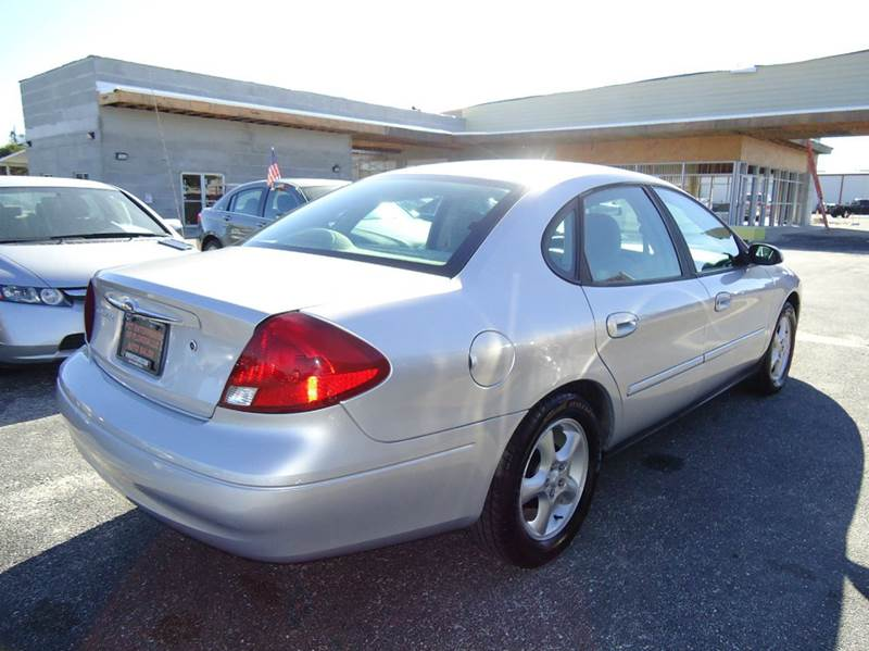 2000 Ford Taurus SE 4dr Sedan - Englewood FL