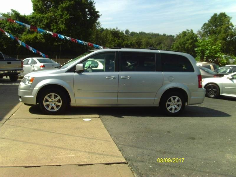 2008 Chrysler Town and Country Touring 4dr Mini-Van - Belle Vernon PA