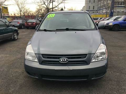 2009 Kia Sedona for sale in Newark, NJ