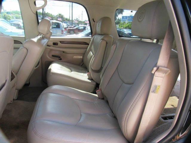 2003 CADILLAC ESCALADE BASE AWD 4DR SUV black please call schirras auto at 888-865-0893  have ba