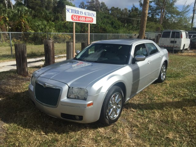 2007 CHRYSLER 300 BASE 4DR SEDAN silver please call schirras auto at 866-383-7643  have bad cred