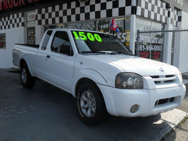 2001 NISSAN FRONTIER XE 2DR KING CAB 2WD white cash price for this nissan is 5995 please call c