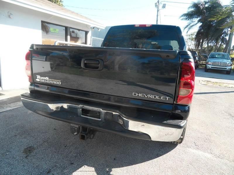 2005 CHEVROLET SILVERADO 1500 LS 4DR CREW CAB RWD SB blue please call schirras auto at 888-865-0