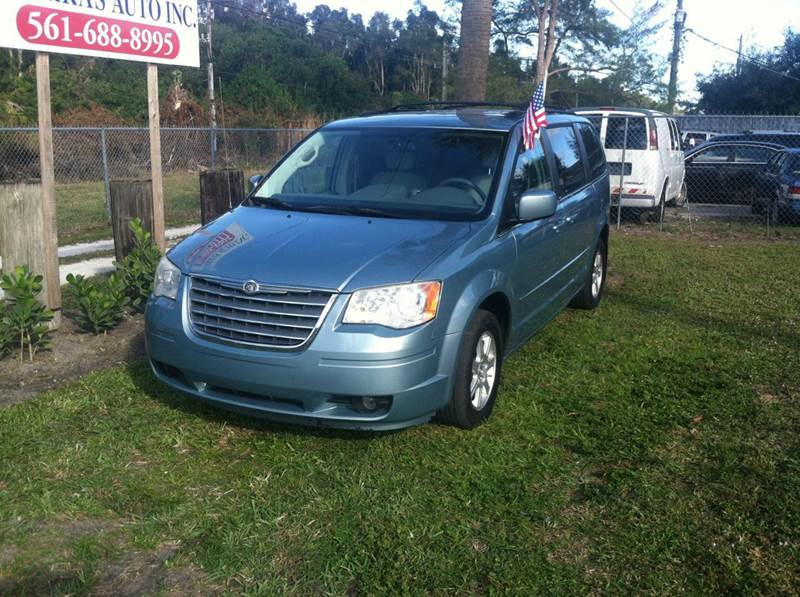 2010 CHRYSLER TOWN AND COUNTRY TOURING 4DR MINI VAN light blue the best thing about this van is th
