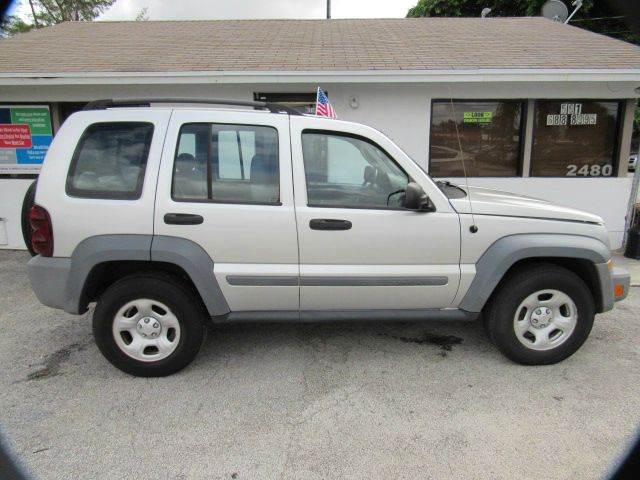 2005 JEEP LIBERTY SPORT 4DR SUV silver please call schirras auto at 888-865-0893have bad credit