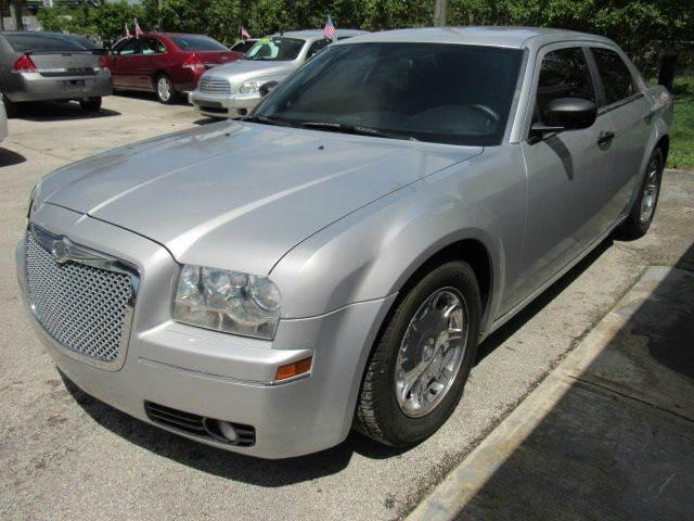 2010 CHRYSLER 300 TOURING 4DR SEDAN W23E silver please call schirras auto at 888-865-0893 hav