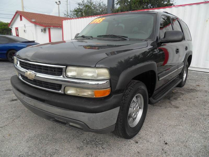 2004 CHEVROLET TAHOE BASE 4DR SUV black please call less than 6000 at 888-865-0893  have bad cr