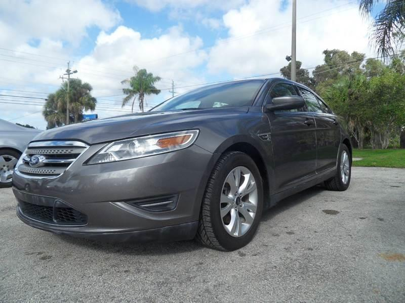 2011 FORD TAURUS SEL 4DR SEDAN gray please call schirras auto ii at 888-865-0893  have bad credit