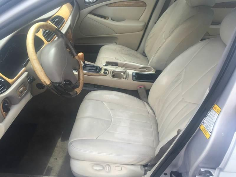 2002 JAGUAR S-TYPE 30 4DR SEDAN silver please call less than 6000 at 888-865-0893  have bad cr