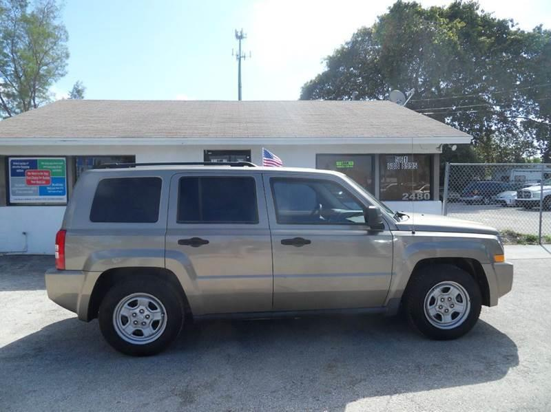 2007 JEEP PATRIOT SPORT 4DR SUV gold please call schirras auto ii at 888-865-0893  have bad cred