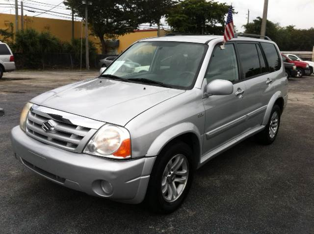 2005 SUZUKI XL7 EX III 4DR SUV silver please call competition auto at 888-865-0893 have bad cred
