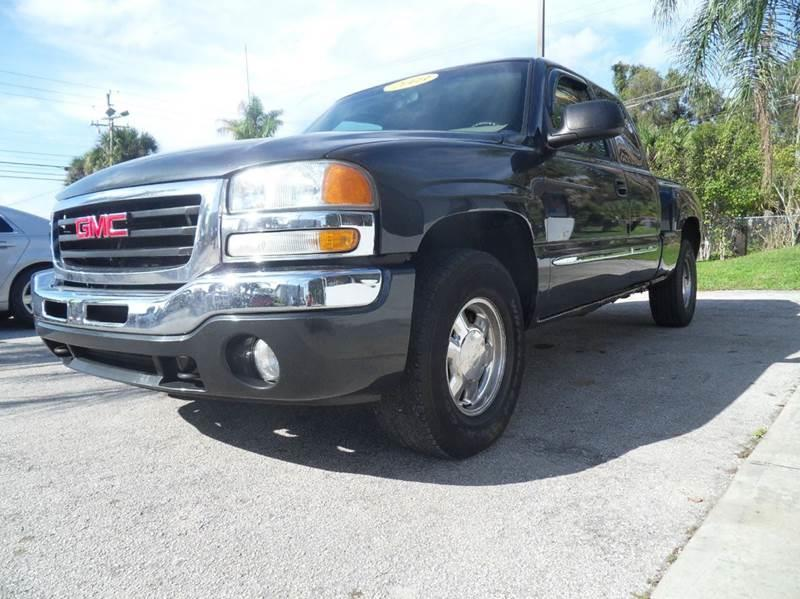 2003 GMC SIERRA 1500 BASE 4DR EXTENDED CAB 4WD LB gray please call schirras auto ii at 866-383-7