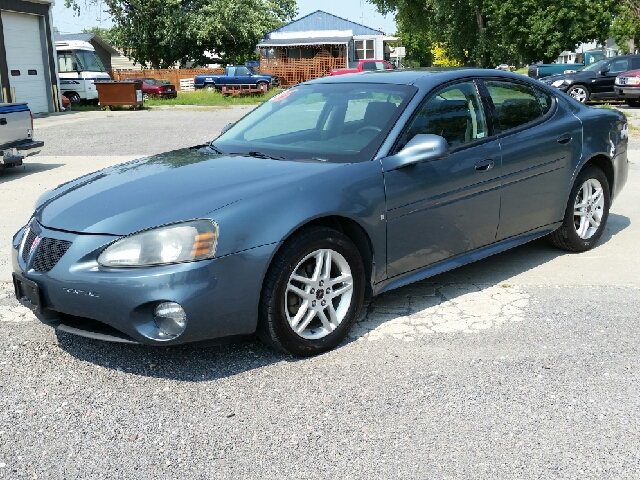 2006 pontiac grand prix for sale in nebraska. Black Bedroom Furniture Sets. Home Design Ideas