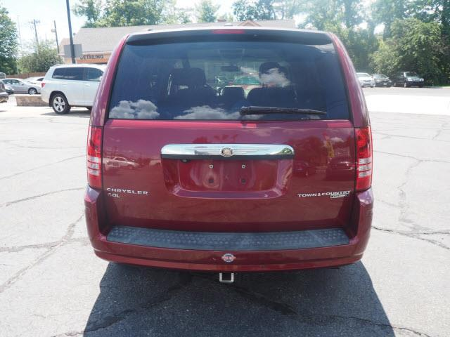 2010 Chrysler Town and Country Touring 4dr Mini-Van - Hamilton NJ