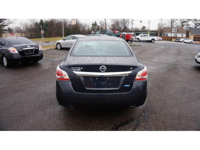 2014 Nissan Altima 2.5 S 4dr Sedan - Hamilton NJ