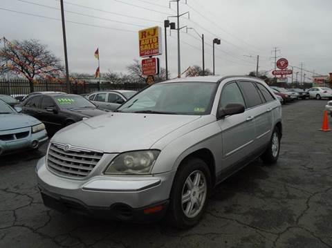 2005 Chrysler Pacifica for sale in Detroit, MI