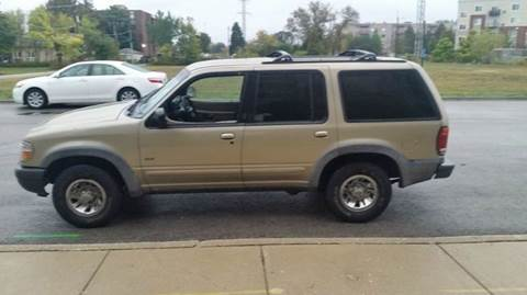 2000 Ford Explorer for sale in Chicago, IL