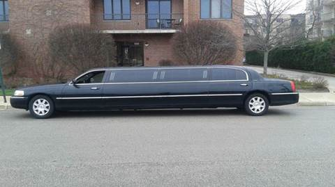 2011 Lincoln Town Car for sale in Chicago, IL