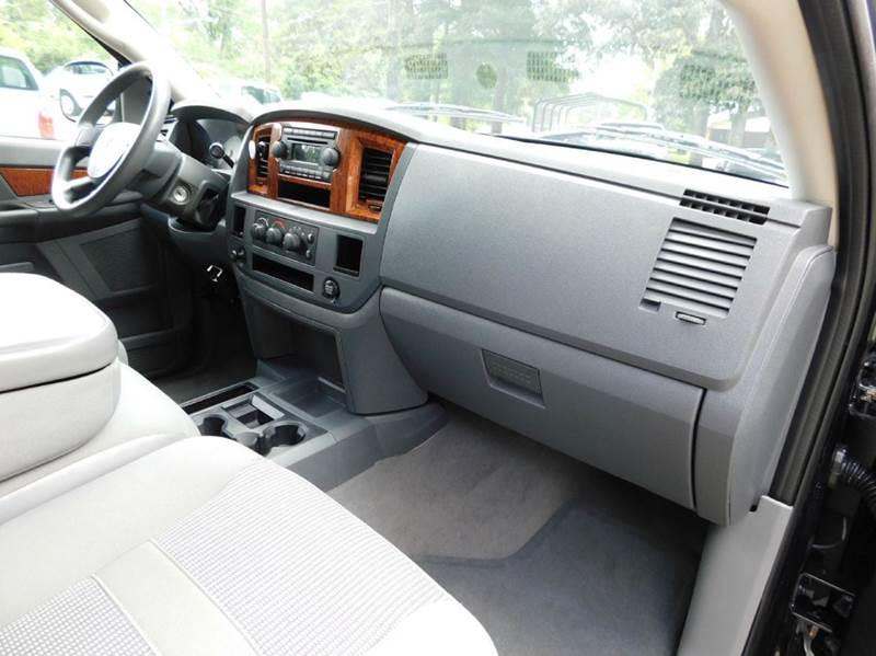 2006 Dodge Ram Pickup 2500 SLT 4dr Mega Cab SB RWD - Ponchatoula LA