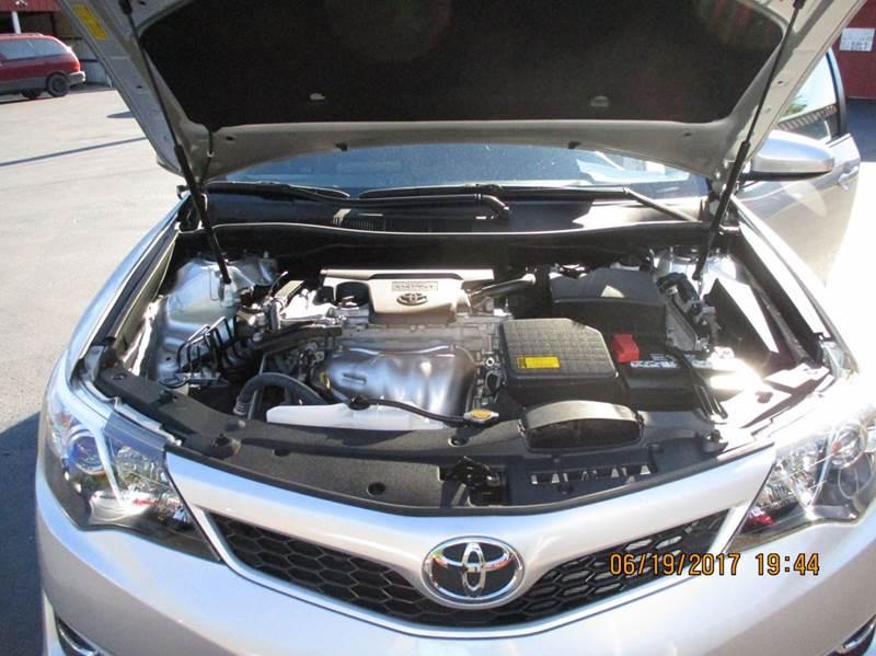 2014 Toyota Camry SE 4dr Sedan - Brookville IN