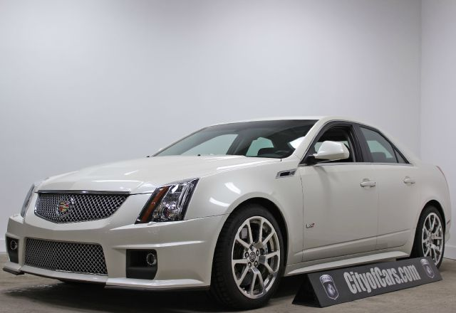 2012 Cadillac CTS-V Sedan Loaded Clean Car Fax