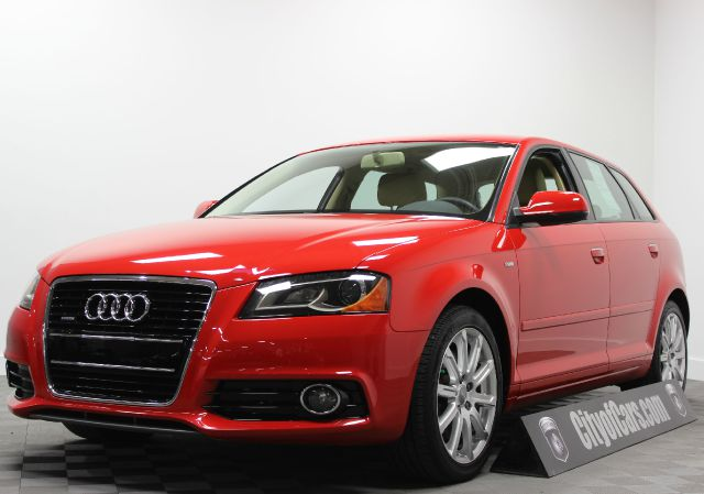 used 2011 audi a3 in troy mi at city of cars. Black Bedroom Furniture Sets. Home Design Ideas