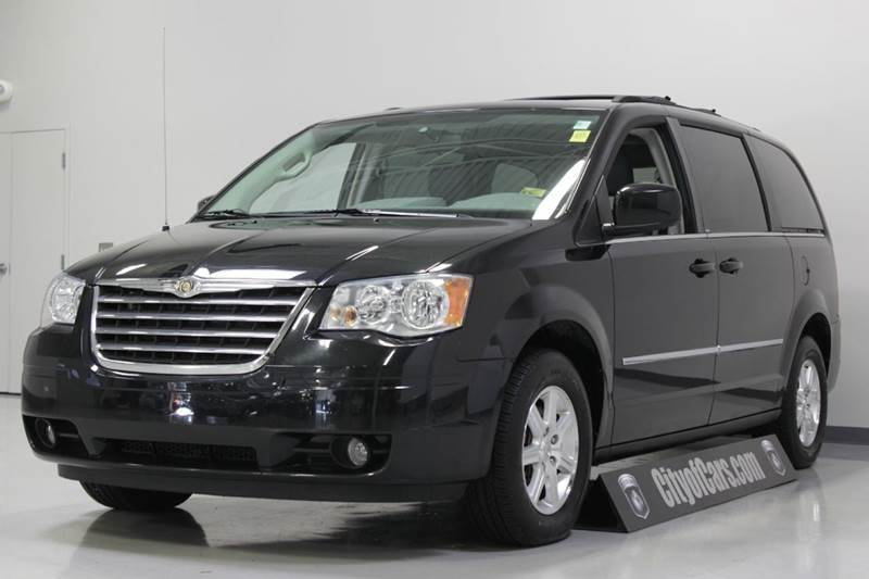 2009 chrysler town and country touring mini van 4dr in troy mi city of cars. Black Bedroom Furniture Sets. Home Design Ideas