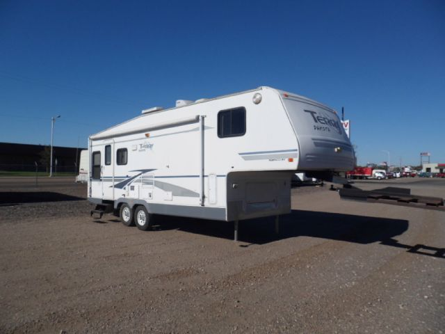 2005 TERRY DAKOTA 5TH WHEEL
