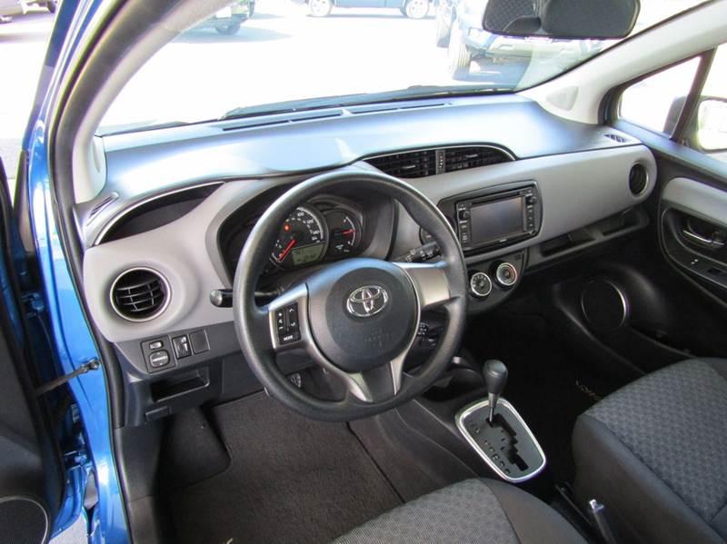 2015 Toyota Yaris LE 4dr Hatchback - Portland OR
