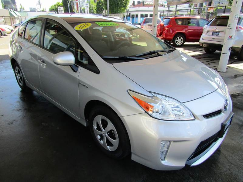 2015 Toyota Prius Three 4dr Hatchback - Portland OR