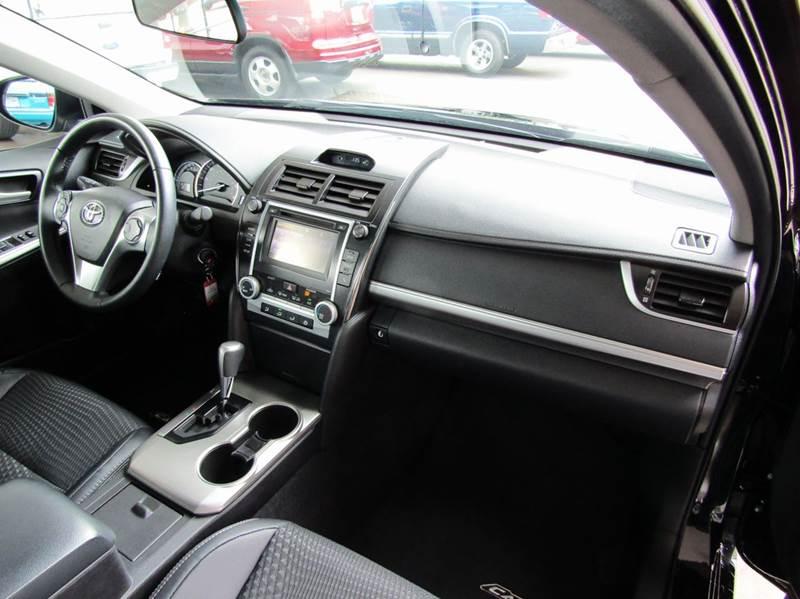2014 Toyota Camry SE Sport 4dr Sedan - Portland OR