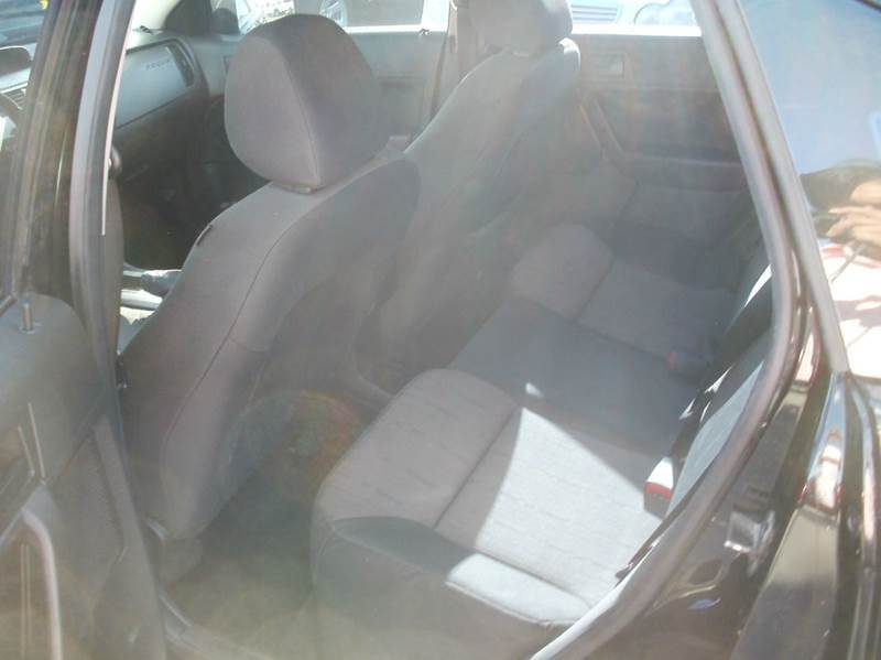 2009 Ford Focus SE 4dr Sedan - Largo FL
