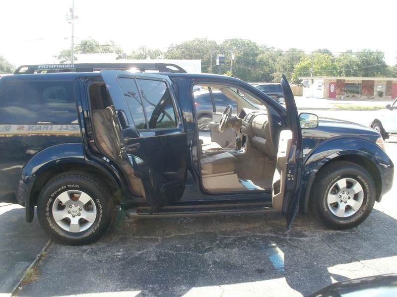 2006 Nissan Pathfinder SE 4dr SUV - Largo FL