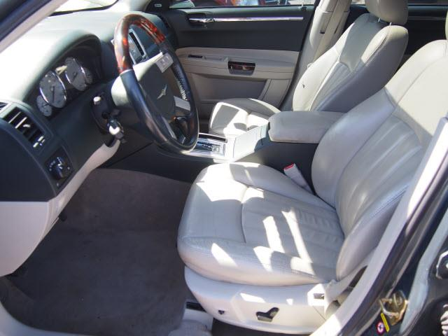 2006 Chrysler 300 C 4dr Sedan - Washington PA