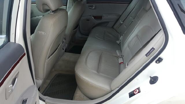 2006 Hyundai Azera Limited 4dr Sedan - Springfield IL