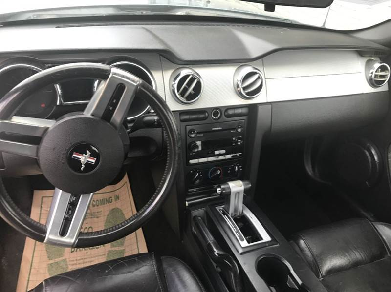 2006 Ford Mustang V6 Premium 2dr Coupe - Garland TX
