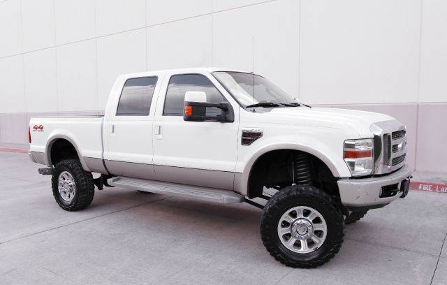 2008 FORD F-250 SUPER DUTY KING RANCH  4DR CREW CAB 4WD SB white you wont find any electrical pro