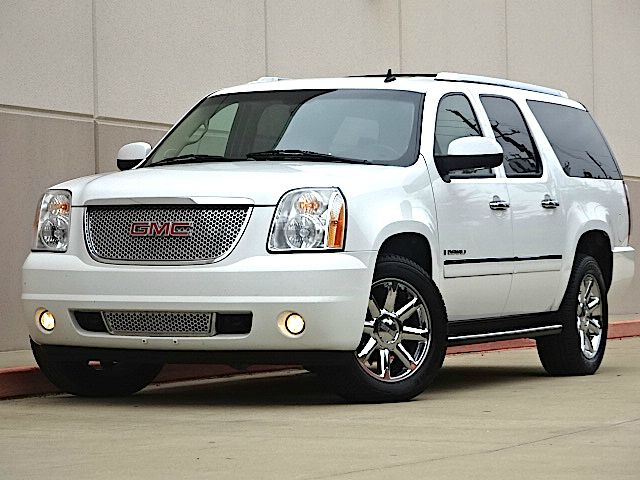 2009 GMC YUKON XL DENALI 4X2 4DR SUV white all power equipment on this vehicle is in working order