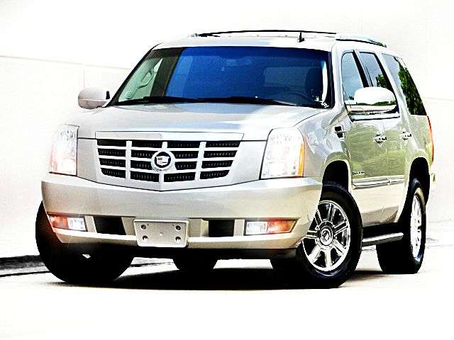 2007 CADILLAC ESCALADE BASE AWD 4DR SUV silver there are no electrical concerns associated with th