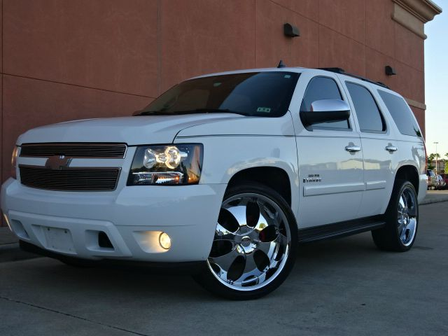 2007 CHEVROLET TAHOE LT 4DR SUV white all power equipment on this vehicle is in working order  th