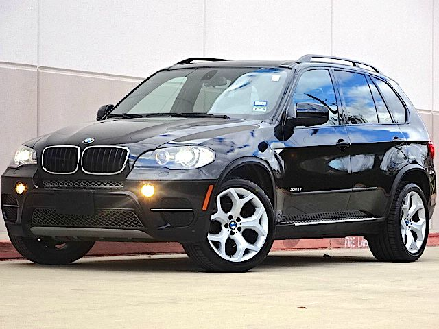 2011 BMW X5 XDRIVE35I PREMIUM AWD 4DR SUV black all power equipment is functioning properly  this