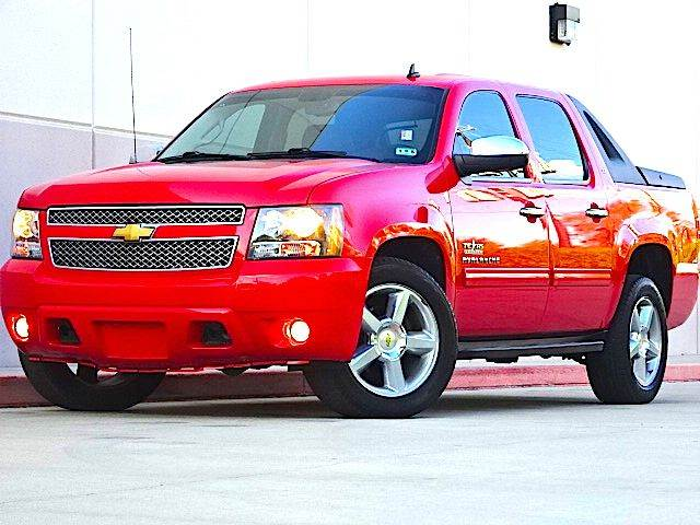 2010 CHEVROLET AVALANCHE LT 4X2 4DR PICKUP red all power equipment is functioning properly  no de