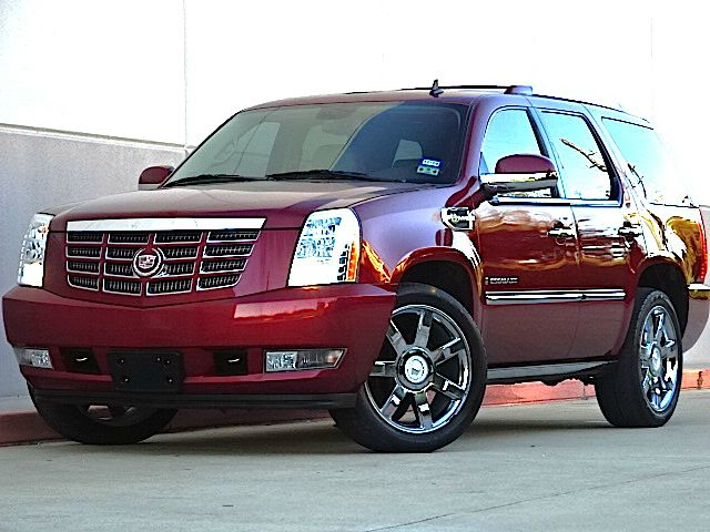 2009 CADILLAC ESCALADE HYBRID BASE 4DR HYBRID SUV all electrical and optional equipment on this veh